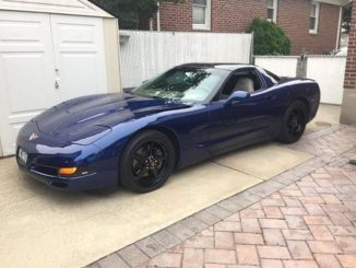 Corvette's look SWEET rolling on Race Stars! Just like this awesome C5 Vette sit...