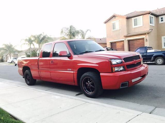 Here's one hot looking Silverado rolling on a brand new set of Race Stars wrappe...