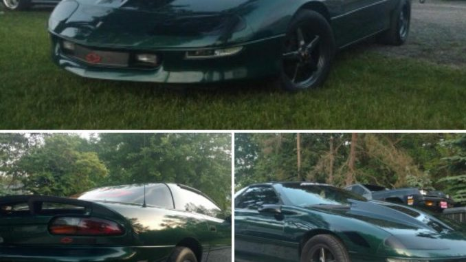 Race Star Wheels customer Chris Perry sent us these pics of his Camaro rolling o...