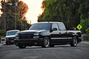 How about this KILLER pic of this sweet Chevy Silverado...rolling on Race Star W...