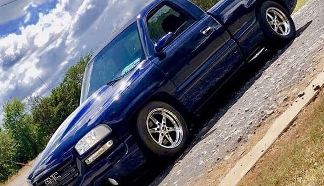 It's #wheelwednesday!! This killer GMC Sierra rolling on Race Stars is owned by ...