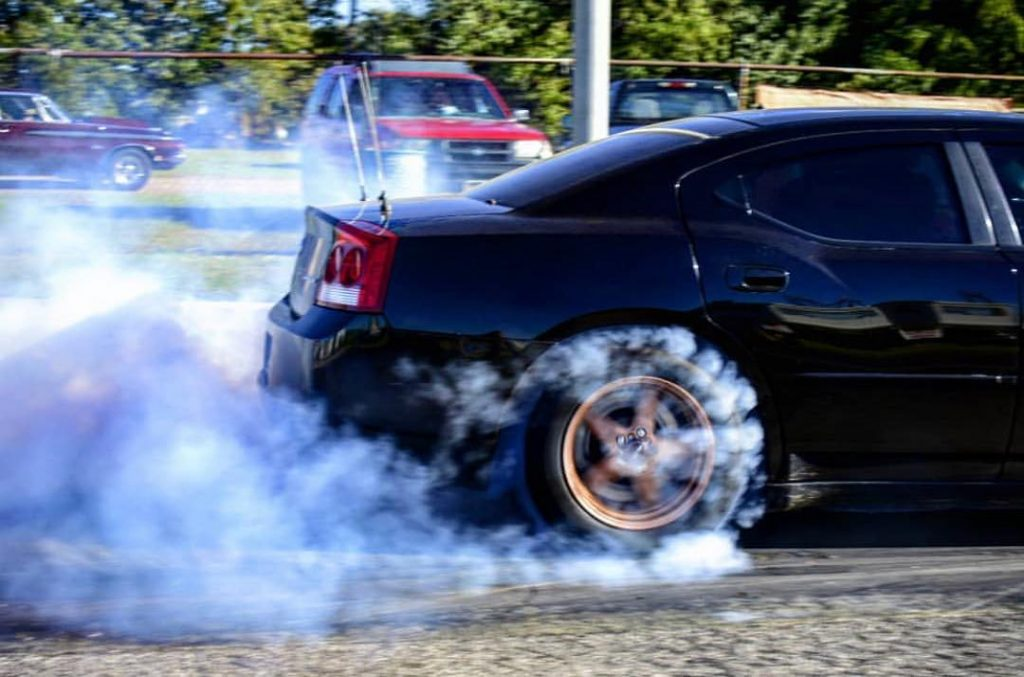 Smoke 'em if you've got 'em! Thanks for the pic @just_motorsports! #racestarwhee...