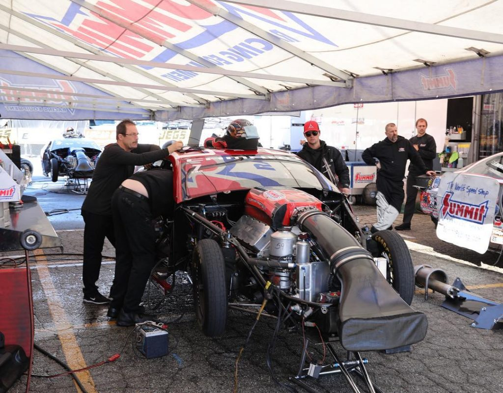 @gregandersonprostock and the @kbracingnhra team are busy prepping for round 3 o...