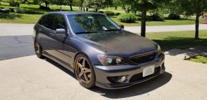 This isn't something you see everyday! 2002 Lexus IS300 rolling on Bronze 92 Dra...