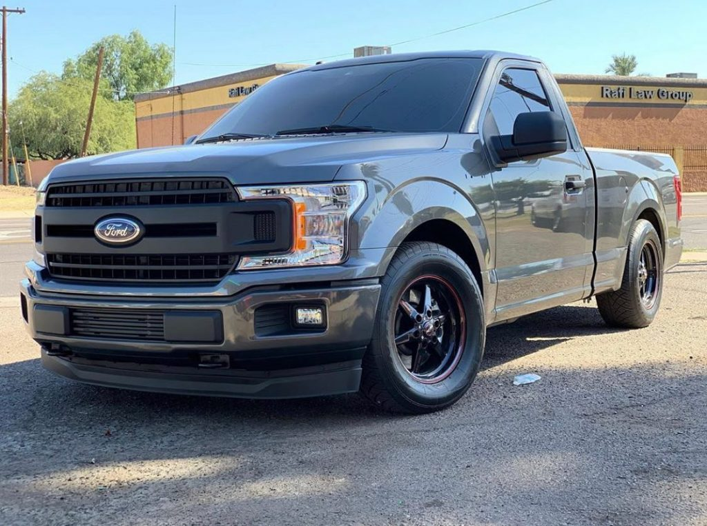 @boosted_juan shows off his F150's front end for #frontendfriday! #racestarequip...