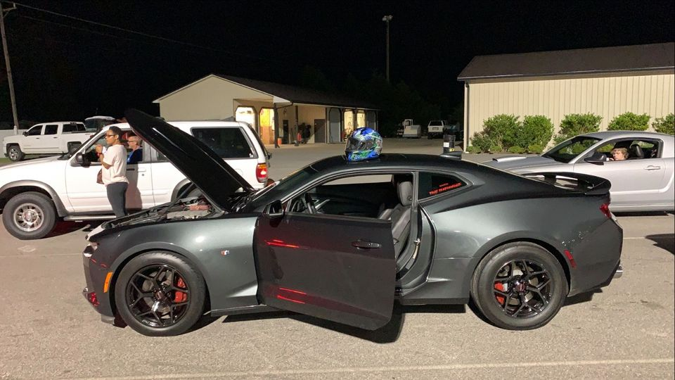 Customer Spotlight! Today we're featuring Justin Mitchell's 2016 Camaro 2SS, r...