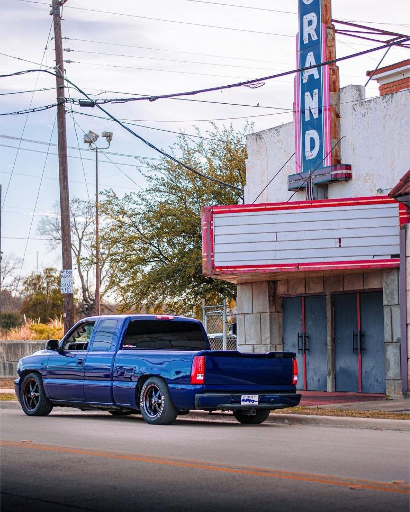 Great shot by @multiplex__photography of this 93 Truck Star equipped Silverado...